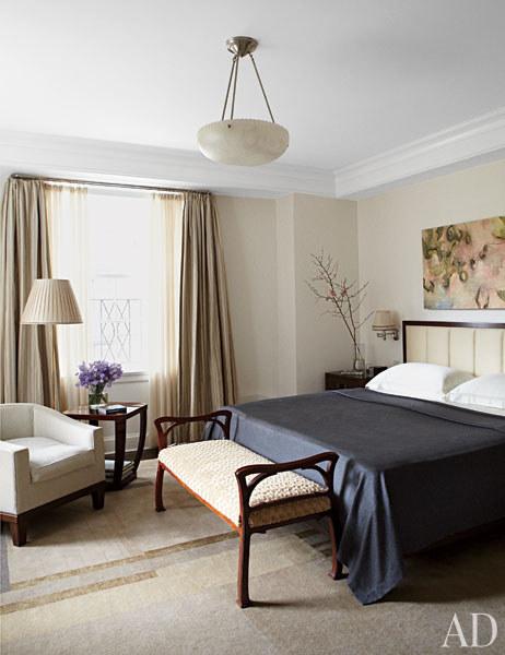 16dam-images-celebrity-homes-2012-michael-j-fox-michael-j-fox-16-master-bedroom