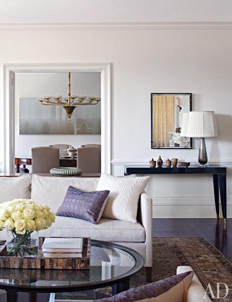 2dam-images-celebrity-homes-2012-michael-j-fox-michael-j-fox-03-living-room